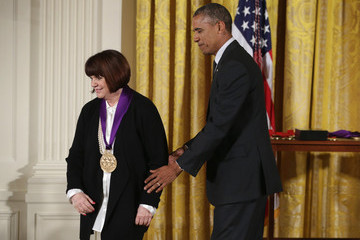 Linda Ronstadt National Medal of Arts and National Humanities Medal