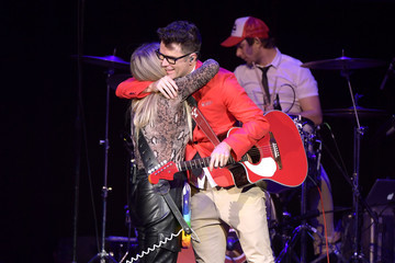 Lindsay Ell Bobby Bones And The Raging Idiots' 5th Annual Million Dollar Show