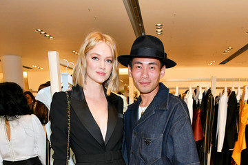 Lindsay Ellingson Self-Portrait Celebrates Opening Of NY Concept Store
