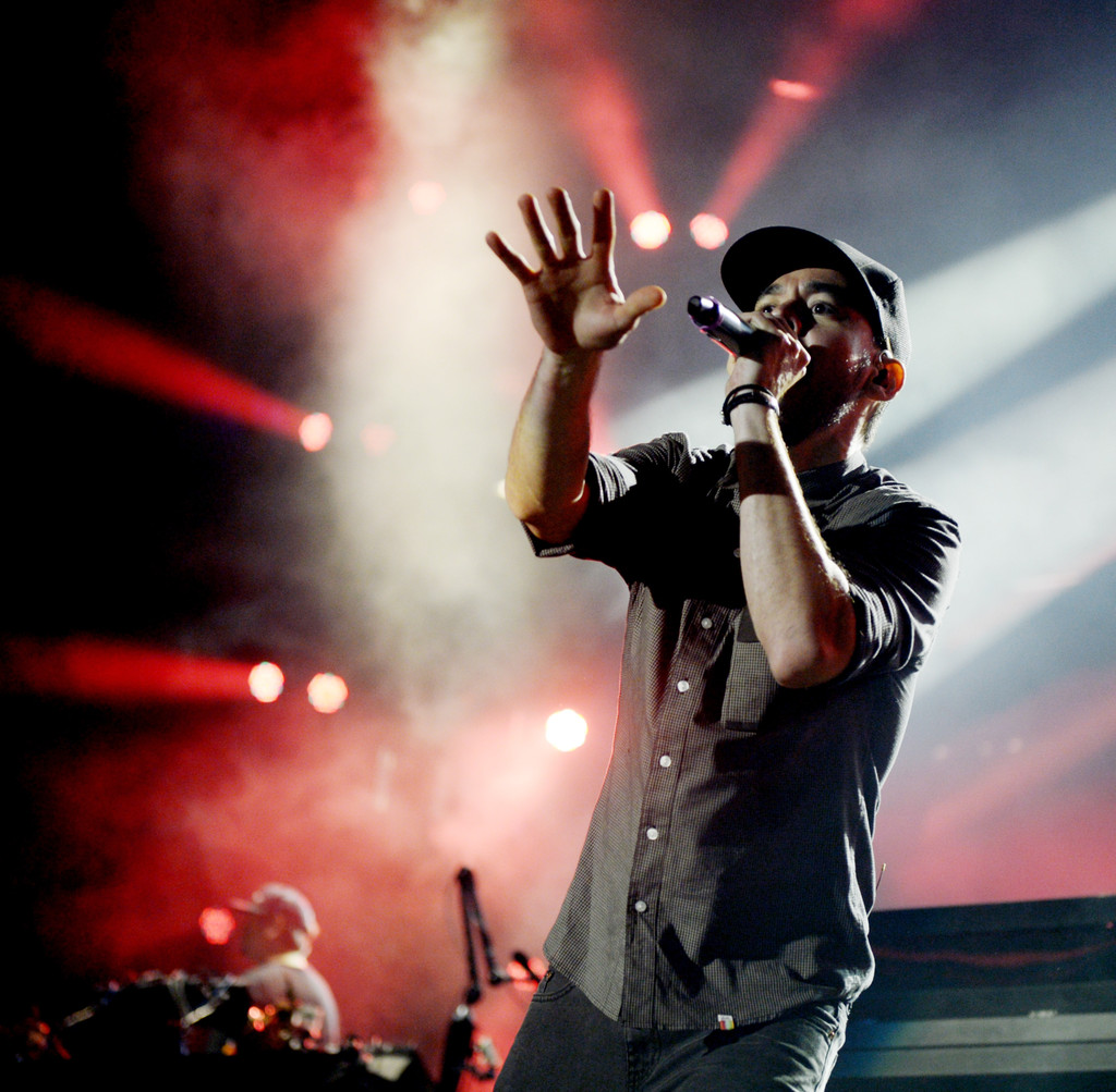 Mike Shinoda Photos Photos - Linkin Park And Incubus At The