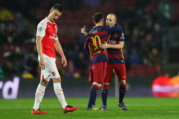 Lionel Messi Andres Iniesta FC Barcelona v Arsenal FC - UEFA Champions League Round of 16: Second Leg