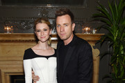 Ewan McGregor Valorie Curry Photos - 1 of 10 Photo