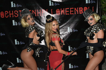 Lisa Hochstein Hochstein's 9th Annual Halloween Ball