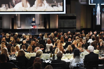 Lisa Kudrow American Film Institute's 45th Life Achievement Award Gala Tribute to Diane Keaton - Fixed Show
