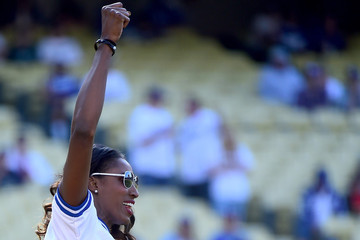 Lisa Leslie St Louis Cardinals v Los Angeles Dodgers
