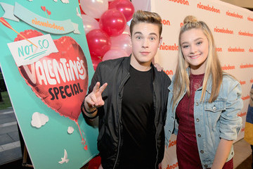 Lizzy Greene Nickelodeon's Not So Valentine's Special