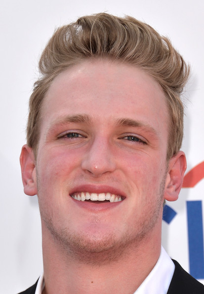 logan paul photos photos 2014 billboard music awards arrivals