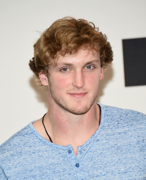 ... photo logan paul i...