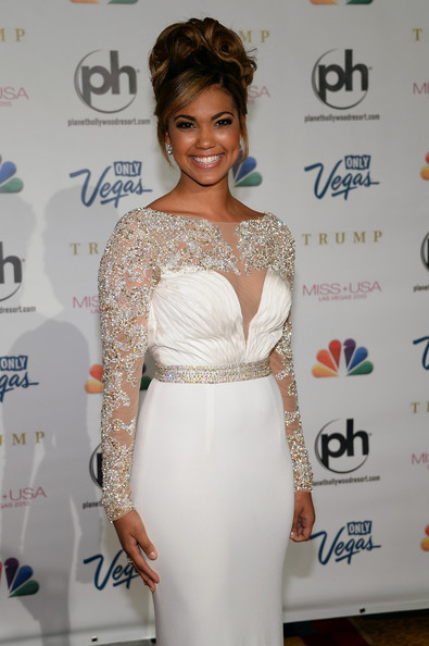Strange Logan West Photos Photos Arrivals At The Miss Usa Pageant Zimbio Short Hairstyles For Black Women Fulllsitofus