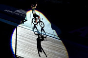 Mark Cavendish of Great Britain celebrates victory in the Mens 10km Scratch Race on day four of the London Six Day Race at the Lee Valley Velopark Velodrome on October 27, 2017 in London, England.