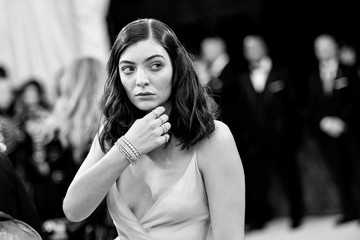 Lorde 'Manus x Machina: Fashion in an Age of Technology' Costume Institute Gala - Alternative Views