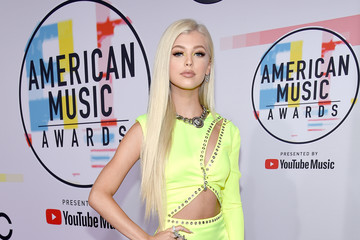 Loren Gray 2018 American Music Awards - Red Carpet