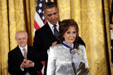 Loretta Lynn Barack Obama Awards Presidential Medal of Freedom