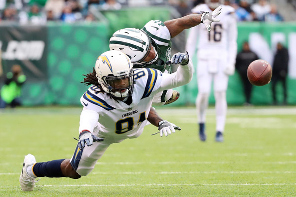 http://www4.pictures.zimbio.com/gi/Los+Angeles+Chargers+v+New+York+Jets+egupmsHCzgOl.jpg