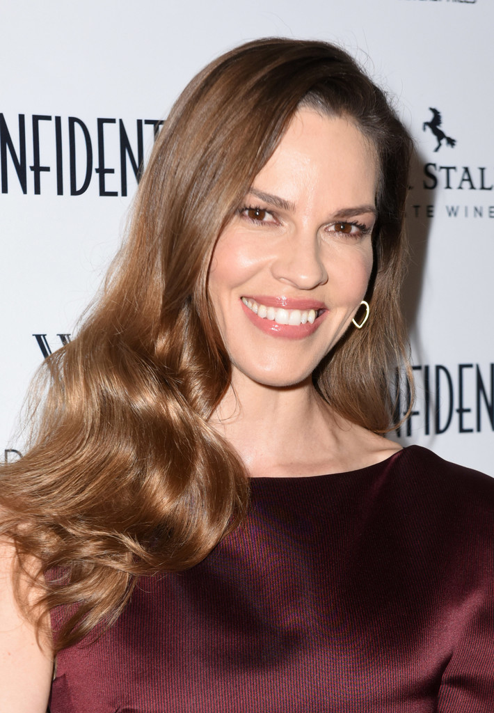 Hilary Swank Photos Photos - Los Angeles Confidential ...