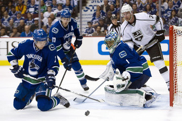 Roberto Luongo Ryan Kesler Los Angeles Kings v Vancouver Canucks - Game One