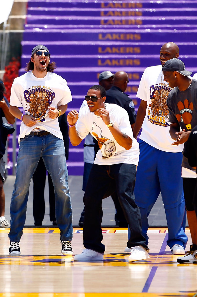 Kobe Bryant in Los Angeles Lakers NBA Finals Championship ...