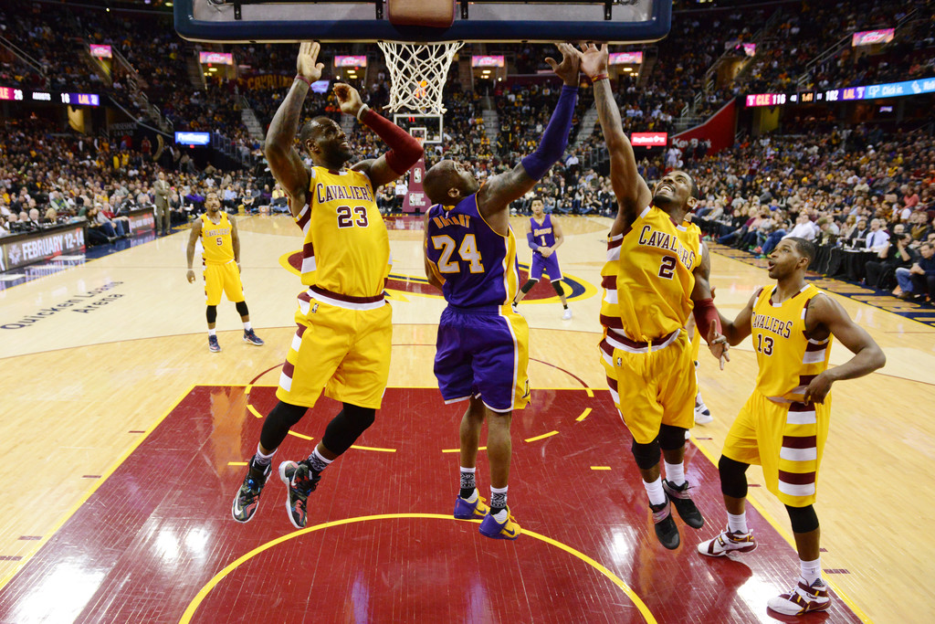 994343df34f LeBron James and Kobe Bryant Photos Photos - Los Angeles Lakers v ...
