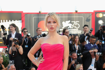 Lottie Moss 'First Man' Premiere, Opening Ceremony And Lifetime Achievement Award To Vanessa Redgrave Red Carpet Arrivals - 75th Venice Film Festival
