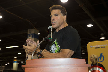 Lou Ferrigno Wizard World Chicago Hosts Heroes Honoring Heroes Event on August 18