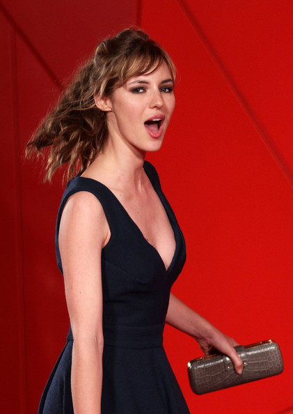 louise bourgoin photo gallery