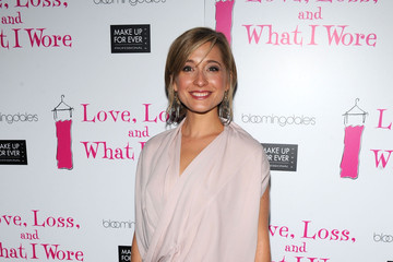 "Allison Mack ""Love, Loss, And What I Wore"" New Cast Member Celebration"