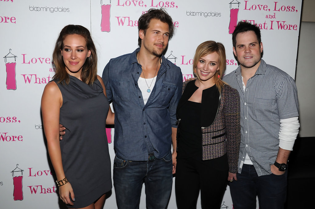 Mike Comrie and Haylie Duff Photos Photos - Zimbio