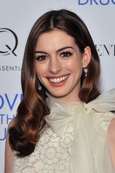 "Actress Anne Hathaway attends a screening of ""Love & Other Drugs"" at DGA Theater on November 16, 2010 in New York City."