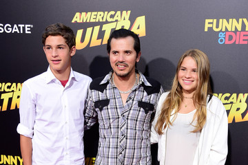Lucas Leguizamo Guests Attend the Premiere of Lionsgate's 'American Ultra'