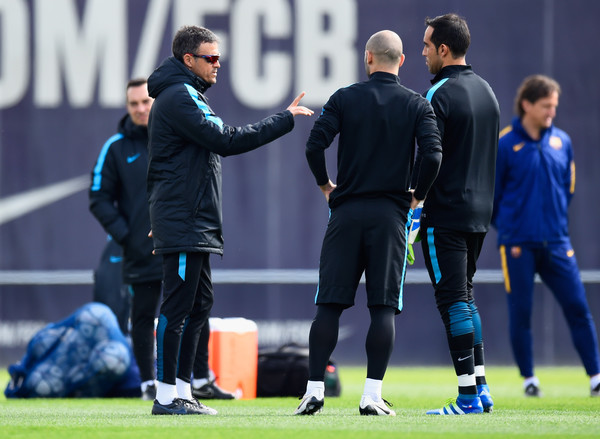 Barcelona Training Session and Press Conference [player,team sport,product,sports,sport venue,sports equipment,grass,ball game,sports training,team,manager,luis enrique,claudio bravo,javier mascherano,discussion,barcelona,training ground,uefa champions league,barcelona training session and press conference,training session]