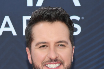 Luke Bryan The 52nd Annual CMA Awards - Arrivals