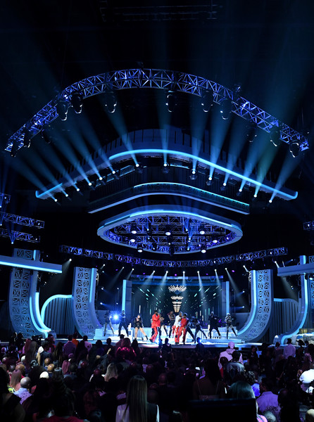 BET Presents: 2019 Soul Train Awards -  Show [stage,performance,entertainment,concert,event,lighting,performing arts,sky,crowd,music venue,ro james,bj the chicago kid,luke james,l-r,orleans arena,las vegas,nevada,bet,bet presents: 2019 soul train awards,show]