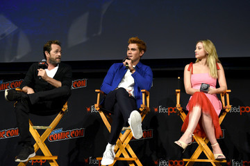 Luke Perry KJ Apa New York Comic Con 2018 -  Day 4