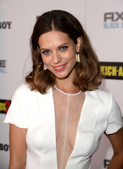 lyndsy-fonseca-kick-ass-pics-sexy-pakistani-girl-nude-photos