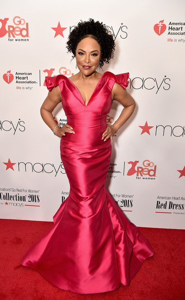 Lynn Whitfield Photos - 19 of 355