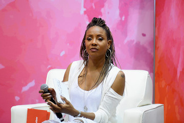 MC Lyte State Farm Color Full Lives Art Gallery-2016 State Farm Neighborhood Awards Weekend-Day 2