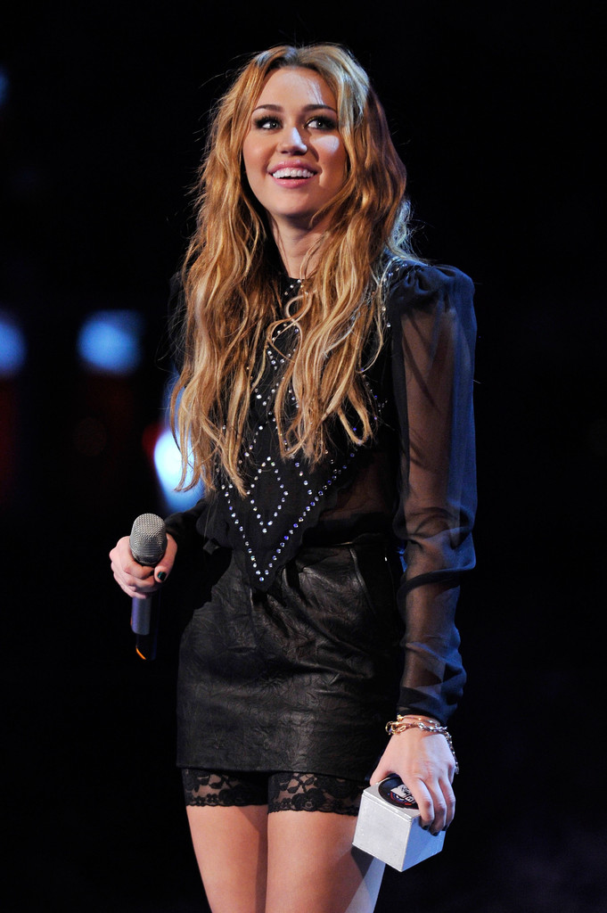 Think, miley cyrus ema awards site question