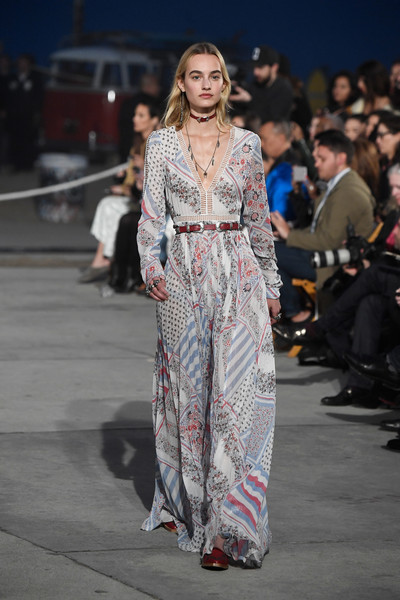 TommyLand Tommy Hilfiger Spring 2017 Fashion Show - Runway [spring 2017 fashion show,fashion model,runway,fashion,catwalk,fashion show,flooring,girl,fashion design,haute couture,shoe,tommyland,tommy hilfiger,maartje verhoef,runway,venice,california,tommy hilfiger spring 2017 fashion show]