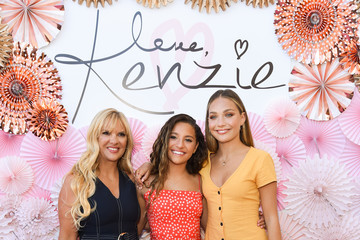 Maddie Ziegler Mackenzie Ziegler Mackenzie Ziegler Launches New Beauty Line 'Love, Kenzie'