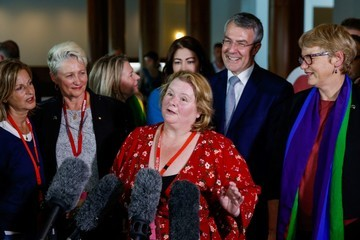 Magda Szubanski Parliament Votes on Marriage Equality Bill