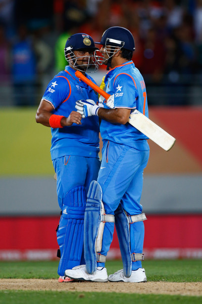 Mahendra Singh Dhoni and Suresh Raina Photos - Zimbio