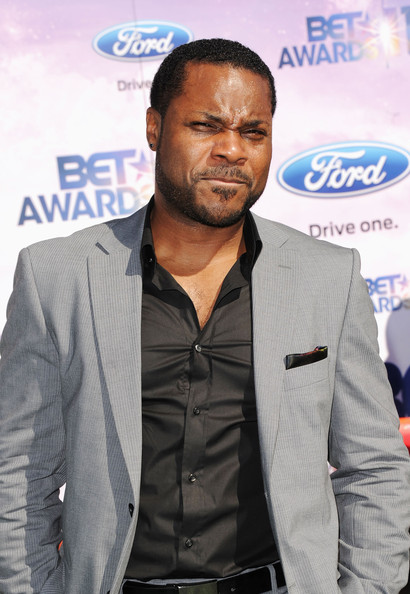 Malcolm-Jamal Warner Actor Malcolm-Jamal Warner arrives at the BET ...