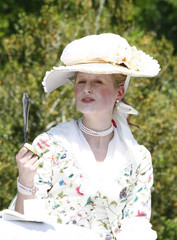 Mamie Gummer Mamie Gummer Launches Colonial Williamsburg Artist Program