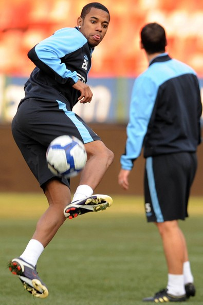 Robinho Photos and Picture