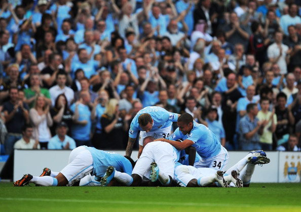 photo match Arsenal 2 Vs Man City4 4 Manchester+City+v+Arsenal+Premier+League+AZazzAfBPHil