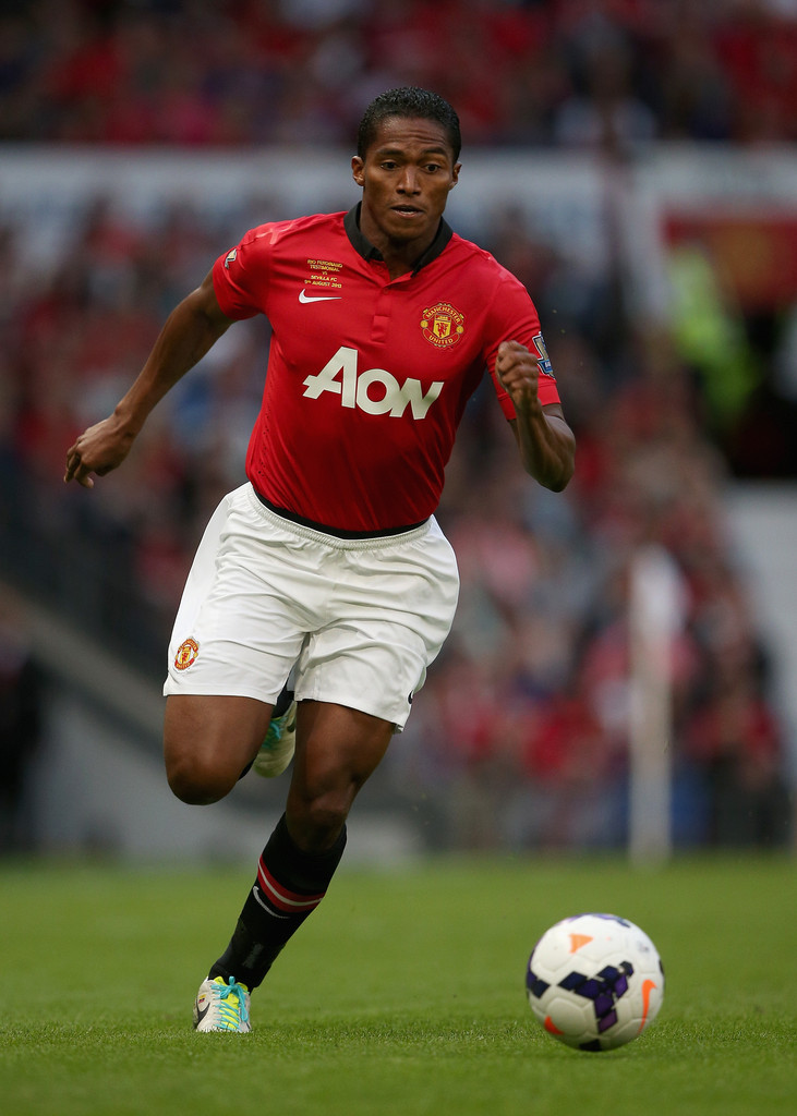 Antonio Valencia Photos Photos - Manchester United v ...