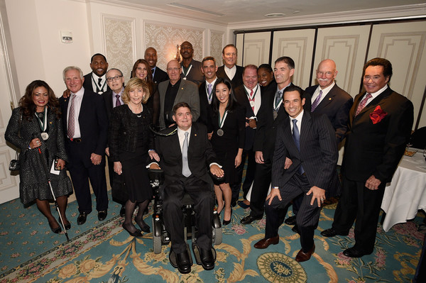 30th Annual Great Sports Legends Dinner to Benefit the Buoniconti Fund to Cure Paralysis - Legends Reception