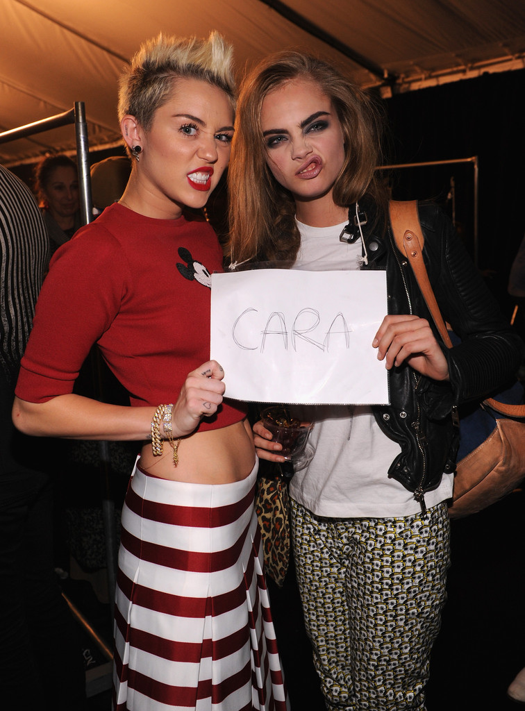 she gets fierce at fashion week with cara delavigne