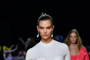 Karlie Kloss walks the runway at the Marc Jacobs Fall 2020 runway show during New York Fashion Week on February 12, 2020 in New York City.