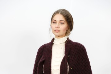 Marie-Ange Casta Chanel : Outside Arrivals - Paris Fashion Week Womenswear Fall/Winter 2017/2018